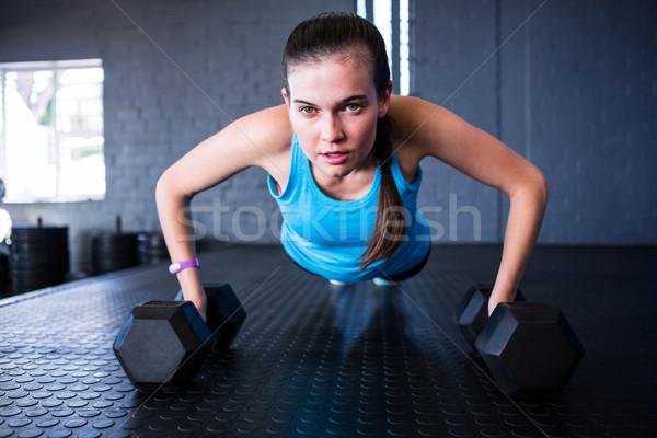 スポーティー 女性 ダンベル ジム フィットネス ストックフォト © wavebreak_media