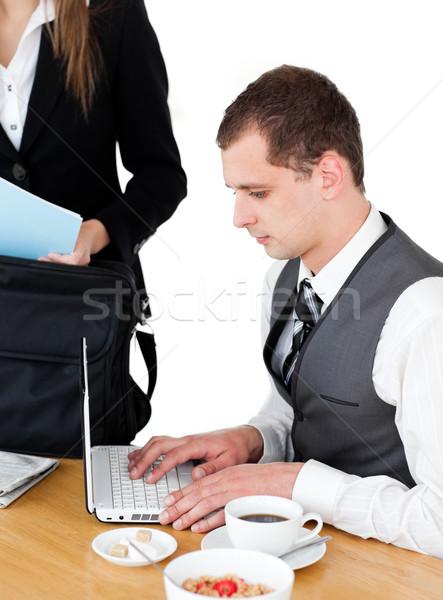 Charmant zakenvrouw permanente tabel echtgenoot werken Stockfoto © wavebreak_media