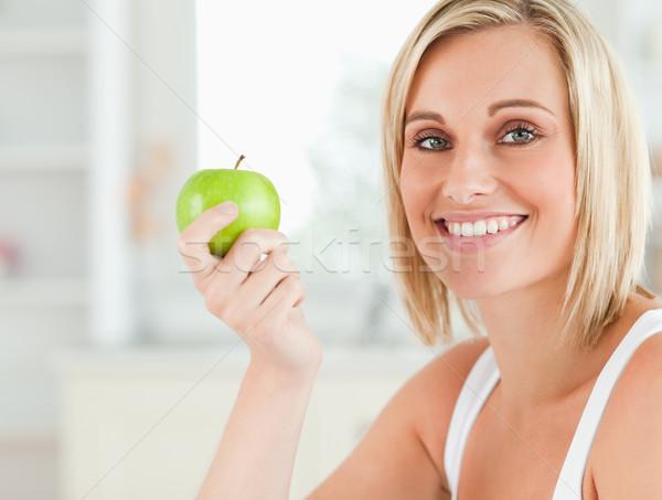 Foto stock: Verde · manzana · mirando · cámara