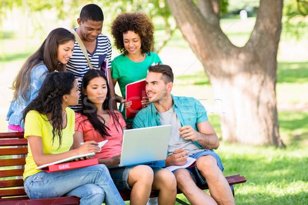 Kolej Öğrenciler eğitim kampus grup bank Stok fotoğraf © wavebreak_media