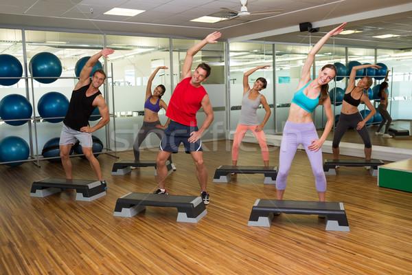 фитнес класс шаг аэробика спортзал человека Сток-фото © wavebreak_media