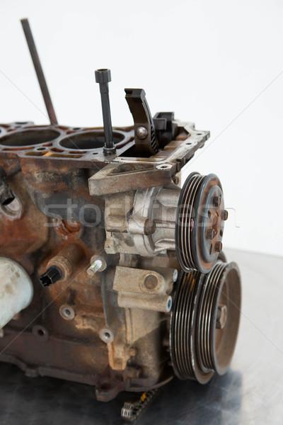 Stary samochód silnika biały tabeli Zdjęcia stock © wavebreak_media