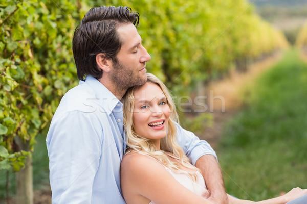 Jovem feliz homem namorada uva Foto stock © wavebreak_media