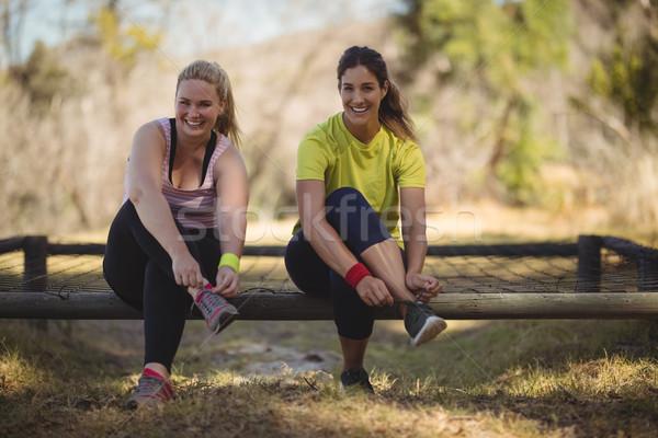 портрет счастливым женщины обувь тренировки Сток-фото © wavebreak_media