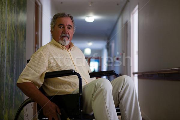 Portret senior man vergadering rolstoel gang Stockfoto © wavebreak_media