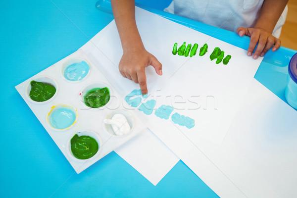 Lány ujjak festék asztal boldog gyermek Stock fotó © wavebreak_media