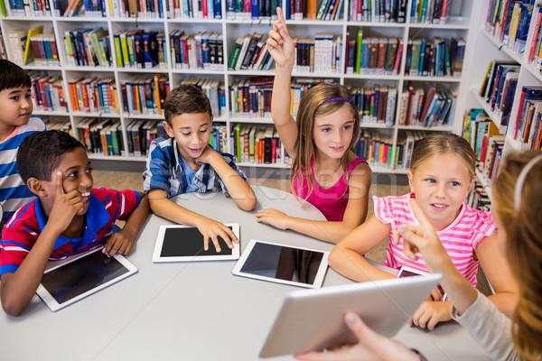молодые довольно учитель урок детей таблице Сток-фото © wavebreak_media