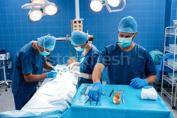 外科医 操作 ルーム 病院 女性 ストックフォト © wavebreak_media