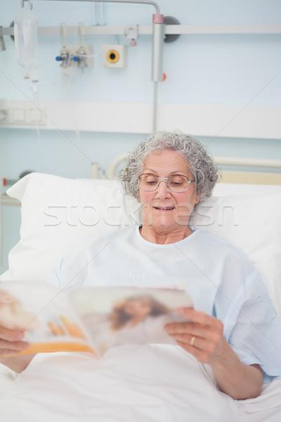 Patient reading a magazine in hospital ward Stock photo © wavebreak_media