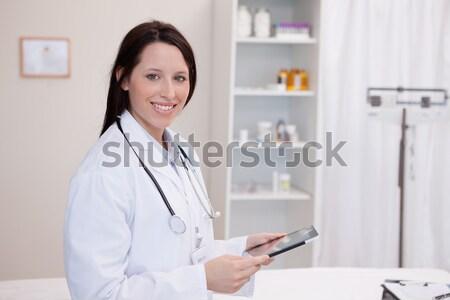 Médico nino hospital mujer Foto stock © wavebreak_media