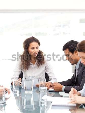 üzletember dől asztal konferencia iroda megbeszélés Stock fotó © wavebreak_media