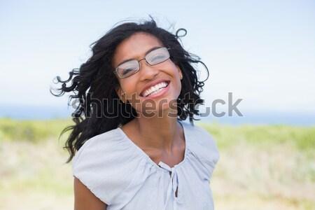 Lezser csinos nő visel olvasószemüveg napos idő vidék Stock fotó © wavebreak_media