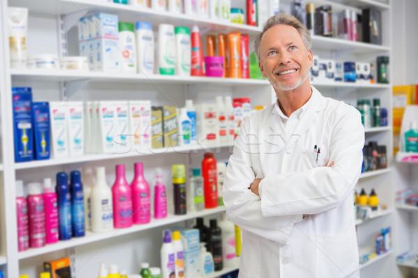 Starszy farmaceuta uśmiechnięty apteki szczęśliwy Zdjęcia stock © wavebreak_media