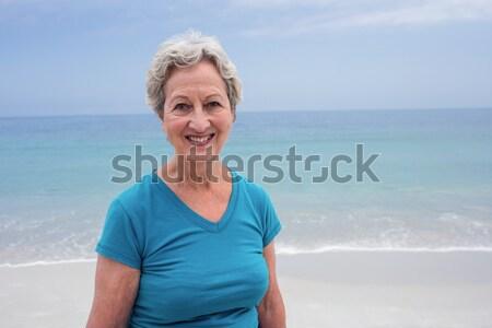 Portre gülen kıdemli kadın ayakta açık gökyüzü Stok fotoğraf © wavebreak_media