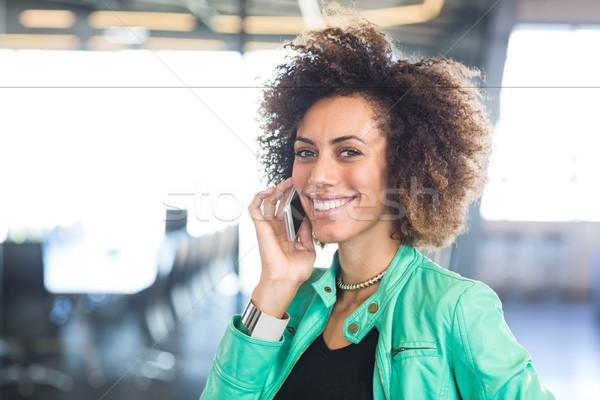 мобильного телефона служба говорить конференц-зал Сток-фото © wavebreak_media