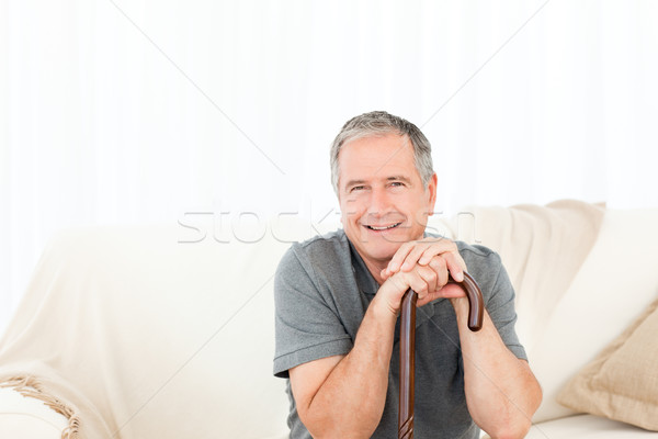 Volwassen man lopen stick bed home senior Stockfoto © wavebreak_media
