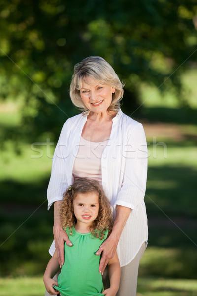 祖母 孫娘 見える カメラ 女性 空 ストックフォト © wavebreak_media