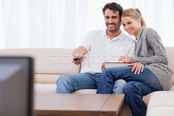 愛 カップル を見て テレビ 食べ ポップコーン ストックフォト © wavebreak_media