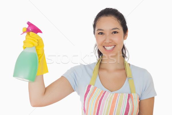 Mulher jovem limpador de janelas sorridente avental luvas de borracha Foto stock © wavebreak_media
