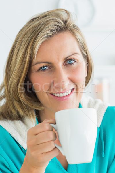 笑顔の女性 カップ ホットドリンク 着用 バスローブ ストックフォト © wavebreak_media