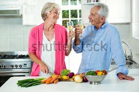 Ninos cocina abuelos felizmente cocina casa Foto stock © wavebreak_media