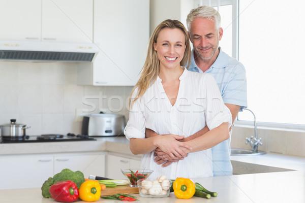 Zärtlich Paar gesunden Abendessen zusammen home Stock foto © wavebreak_media