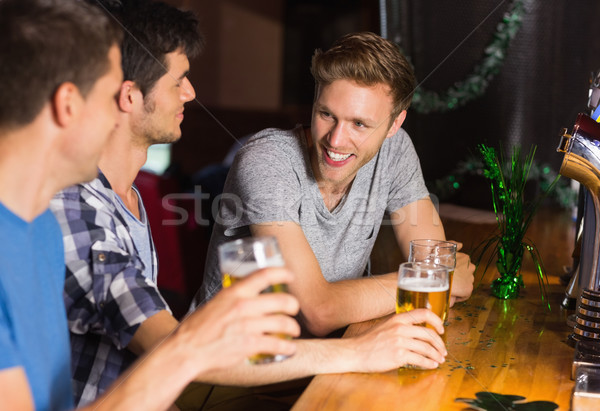 Heureux amis up communication parler alcool Photo stock © wavebreak_media