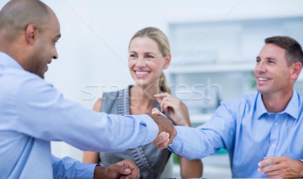 握手 オフィス ビジネス 女性 幸せ ストックフォト © wavebreak_media