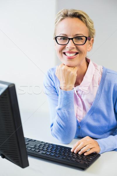 öğretmen çalışma bilgisayar sınıf portre mutlu Stok fotoğraf © wavebreak_media