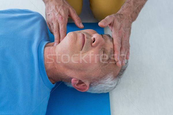Paramedicus patiënt kliniek vrouw man Stockfoto © wavebreak_media