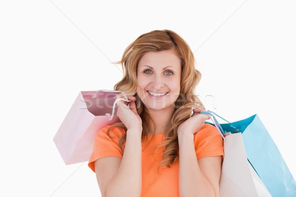 Gelukkig vrouw tonen winkelen glimlach vrouwen Stockfoto © wavebreak_media