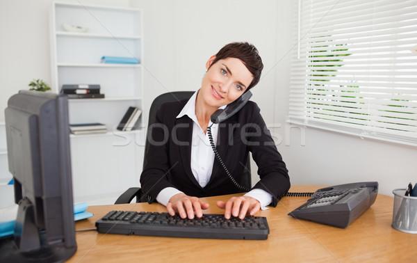 профессиональных секретарь телефон служба стороны лице Сток-фото © wavebreak_media