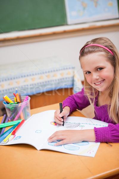Porträt Schülerin Zeichnung Klassenzimmer Mädchen Schule Stock foto © wavebreak_media