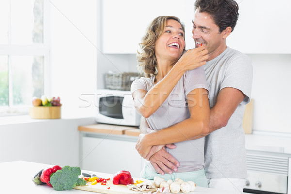 Moglie marito cucina tagliere donna Foto d'archivio © wavebreak_media