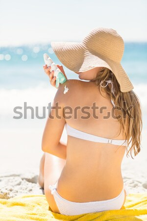 великолепный женщину сидят пляж Сток-фото © wavebreak_media