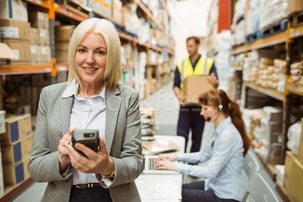Glimlachend magazijn manager groot business computer Stockfoto © wavebreak_media