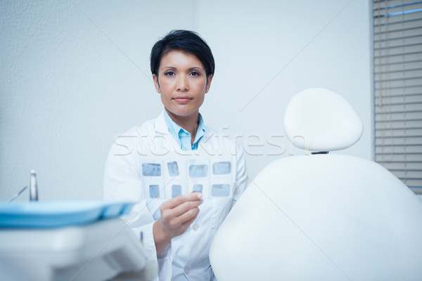 Portret vrouwelijke tandarts Xray ernstig Stockfoto © wavebreak_media