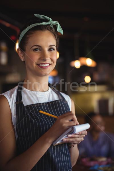 Kellnerin Aufnahme um Restaurant Porträt schönen Stock foto © wavebreak_media