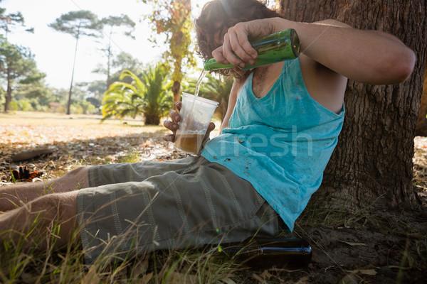 Eszméletlen férfi sör park részeg egyedül Stock fotó © wavebreak_media