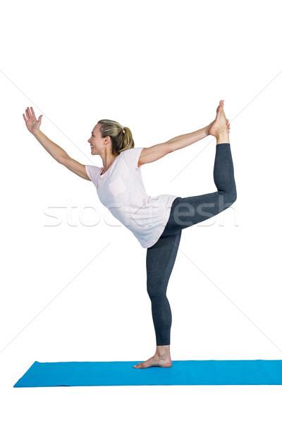 Uygun kadın yoga pozisyon egzersiz mutlu Stok fotoğraf © wavebreak_media
