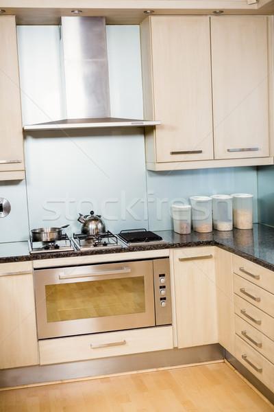 Modern kitchen Stock photo © wavebreak_media