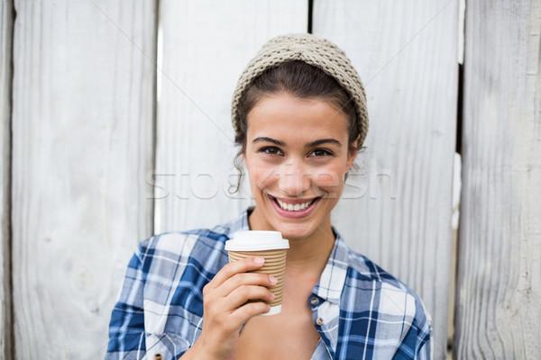女性 使い捨て カップ 肖像 幸せ ストックフォト © wavebreak_media