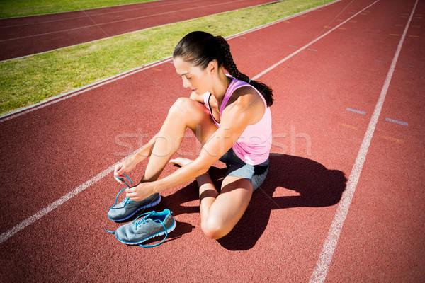 Női atléta futócipők fut útvonal nő Stock fotó © wavebreak_media