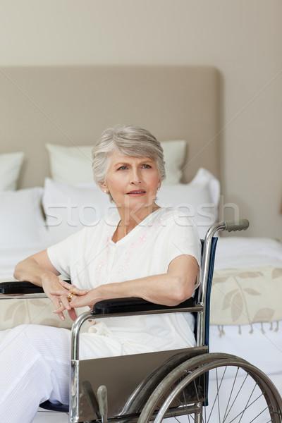 Koncentrált idős nő tolószék otthon orvosi Stock fotó © wavebreak_media