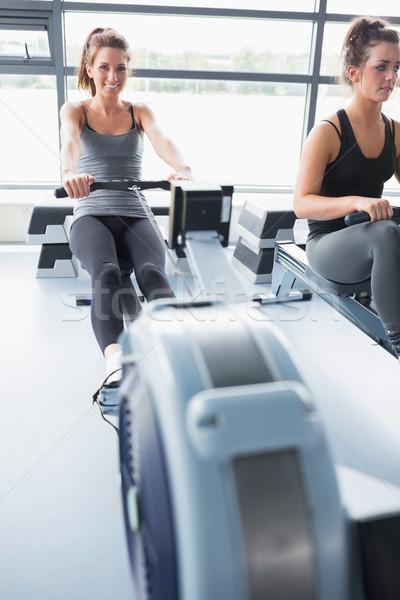 Dwie osoby szkolenia rząd siłowni szczęśliwy Zdjęcia stock © wavebreak_media