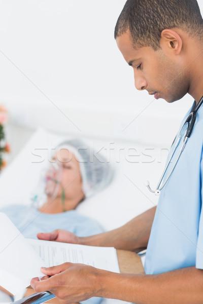 Orvos beteg kórház oldalnézet dolgozik állás Stock fotó © wavebreak_media