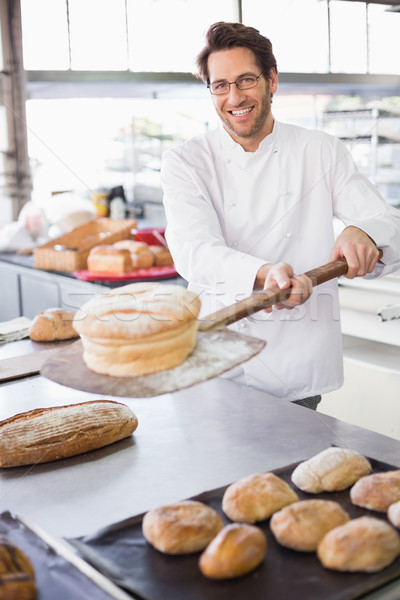 Бейкер буханка кухне Сток-фото © wavebreak_media