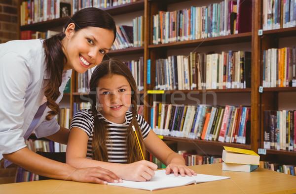 Maestro nina deberes biblioteca retrato mujer Foto stock © wavebreak_media