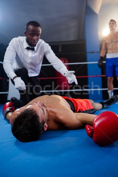 Férfi boxoló néz döntőbíró atléta box Stock fotó © wavebreak_media