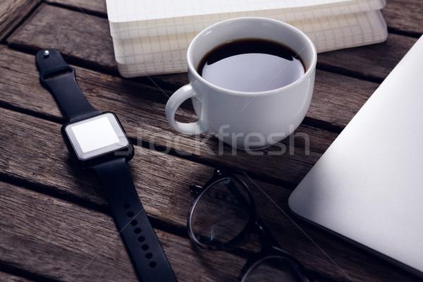 Zwarte koffie organisator laptop bril smart Stockfoto © wavebreak_media